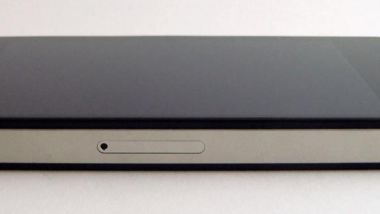 iphone slot